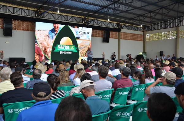 A Safratec, em Floresta, e o Superagro, em Londrina movimentam a semana do Agro no Paraná.