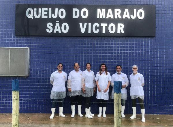 O Queijo do Marajó Fazenda São Victor, indicado para receber o certificado que permite o comércio nacional de produtos alimentícios artesanais.
