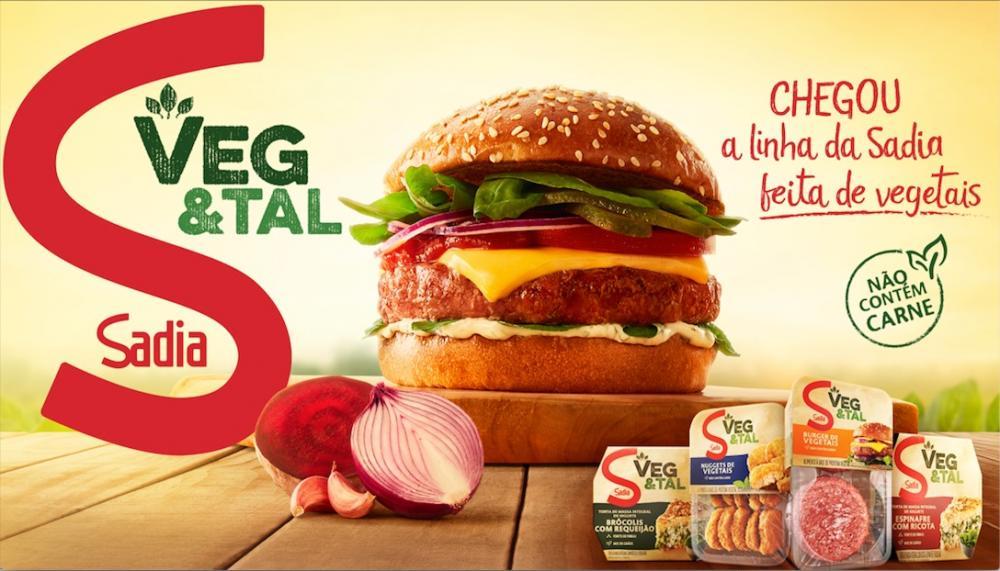 Os produtos hambúrguer, nuggets e tortas congeladas da linha Sadia Veg&Tal já estão disponíveis no ponto de venda. Já o bacon vegetal chega às gôndolas a partir de maio.